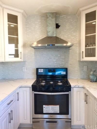 Santa Ana Single Family Home For Sale: 631 S Rosewood Avenue