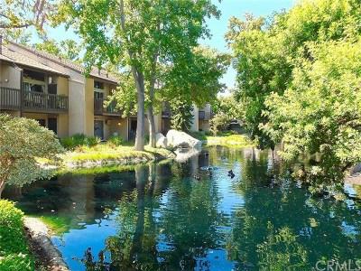 Long Beach Condo/Townhouse For Sale: 7890 E Spring Street #17D