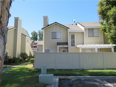 Yorba Linda Condo/Townhouse For Sale: 6213 Plymouth Court #115