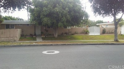 Santa Ana Single Family Home For Sale: 2303 S Lowell Street