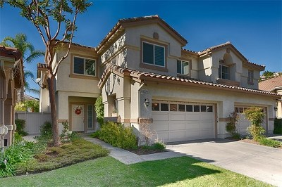 Yorba Linda Condo/Townhouse For Sale: 5475 Christopher Drive
