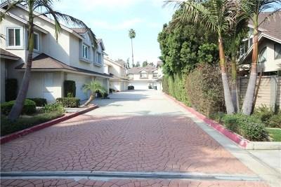 Costa Mesa Condo/Townhouse For Sale: 726 W Wilson Street #M