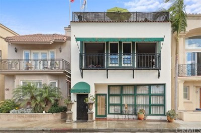 Long Beach Multi Family Home For Sale: 64 62nd Place
