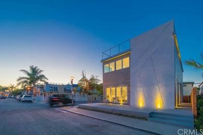 Long Beach Single Family Home For Sale: 93 Corinthian Walk