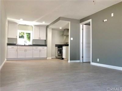 Long Beach Multi Family Home For Sale: 3141 Fashion Avenue