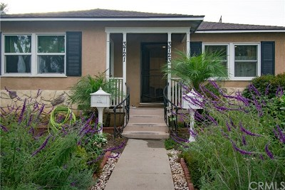 Long Beach Multi Family Home For Sale: 3721 Cherry Avenue