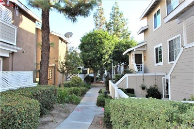 Garden Grove Condo/Townhouse For Sale: 11911 Brookhaven Street #31