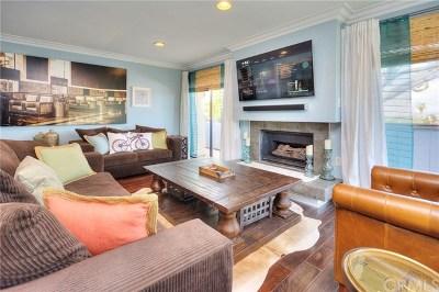 Manhattan Beach Condo/Townhouse For Sale: 1817 11th Street #P