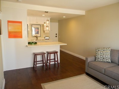 Long Beach Condo/Townhouse For Sale: 225 W 6th Street #506