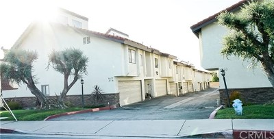Whittier Condo/Townhouse For Sale: 5577 Pioneer Boulevard #14