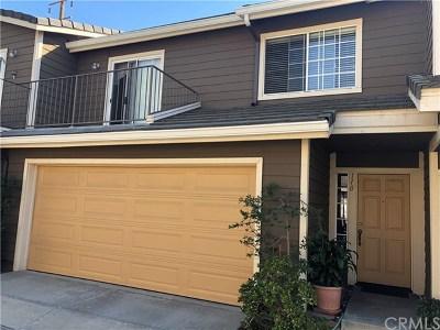 Anaheim Condo/Townhouse For Sale: 745 N East Street #110