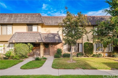 Cerritos Condo/Townhouse For Sale: 16019 Clearbrook Lane