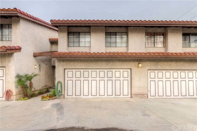 Garden Grove Condo/Townhouse For Sale: 8865 Lampson Avenue #B