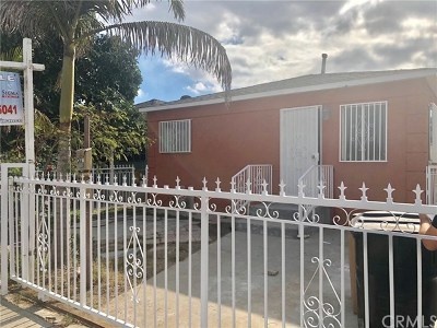 Los Angeles Multi Family Home For Sale: 802 E 111th Dr Drive