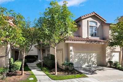 Anaheim Hills Condo/Townhouse For Sale: 7983 E Viewrim Drive
