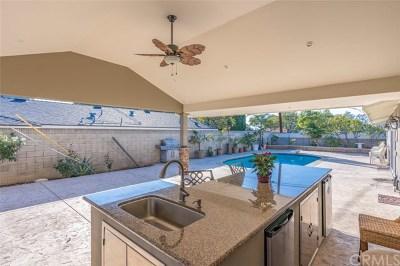 Orange Single Family Home For Sale: 2510 Burly Avenue
