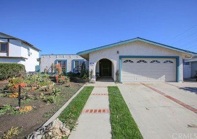 Huntington Beach Single Family Home For Sale: 19172 Hickory Lane