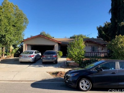 Corona Single Family Home For Sale: 1585 Lark Lane