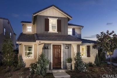 Ontario Single Family Home For Sale: 3260 E La Avenida Drive