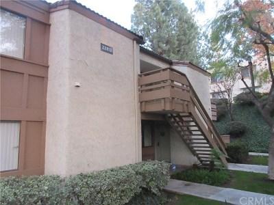 Diamond Bar Condo/Townhouse For Sale: 22812 Hilton Head Drive #51