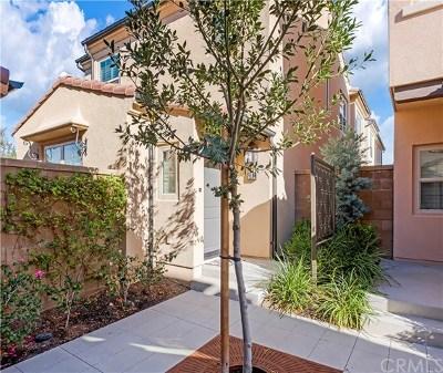 Irvine Condo/Townhouse For Sale: 119 Excursion