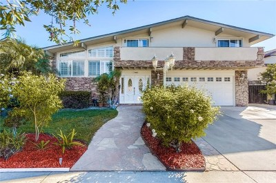Huntington Beach Single Family Home For Sale: 17402 Lido Lane