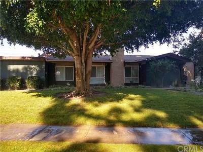 Anaheim Condo/Townhouse For Sale: 1851 W Glenoaks Avenue #C