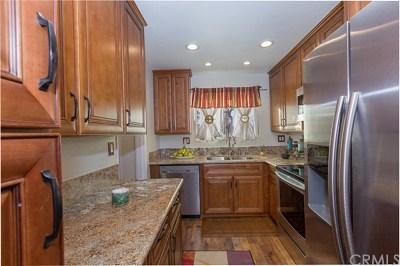 Los Alamitos Condo/Townhouse For Sale: 12100 Montecito Road #122