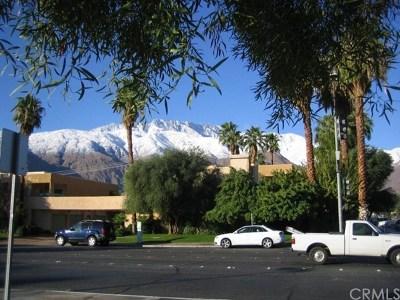 Palm Springs Multi Family Home For Sale: 955 E Vista Chino