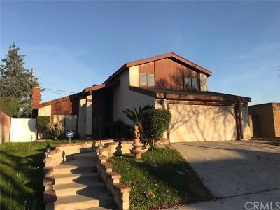 Lakewood Single Family Home For Sale: 4854 Ocana Avenue