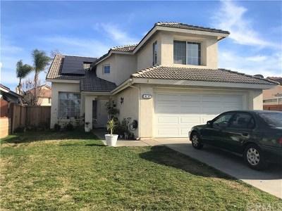 Menifee Single Family Home For Sale: 30182 Westlake Drive