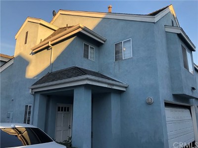Whittier Condo/Townhouse For Sale: 13327 Citicourt Lane
