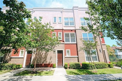 Fullerton Condo/Townhouse For Sale: 1120 Chaffee Street