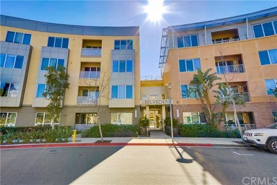 Irvine Condo/Townhouse For Sale: 21 Gramercy #208