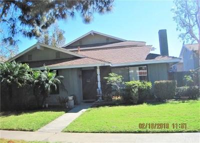 Santa Ana Condo/Townhouse For Sale: 2310 Joana Drive #1