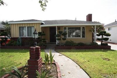 Lakewood Single Family Home For Sale: 6008 Amos Avenue