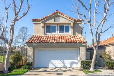 Newport Beach Single Family Home For Sale: 99 Pelican Court