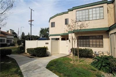 Northridge Condo/Townhouse For Sale: 19512 Roscoe Boulevard #A