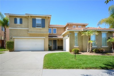 Corona Single Family Home For Sale: 874 W Orange Heights Lane