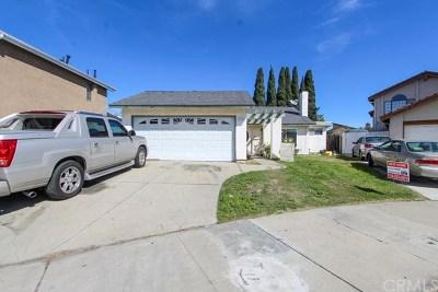 Santa Ana Single Family Home For Sale: 929 W Alpine Avenue