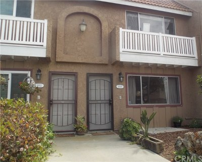 Huntington Beach Condo/Townhouse For Sale: 4948 Pearce Drive #14