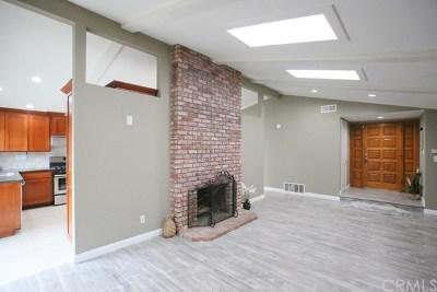 Huntington Beach Single Family Home For Sale: 19172 Hickory Lane
