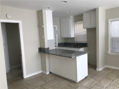 Long Beach Condo/Townhouse For Sale: 1109 E 1st Street #2