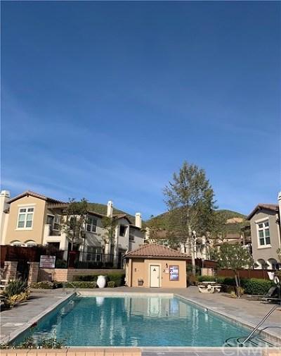 Lake Elsinore Condo/Townhouse For Sale: 15663 Vista Way #110