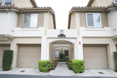 Rancho Santa Margarita Condo/Townhouse For Sale: 36 Via Madera