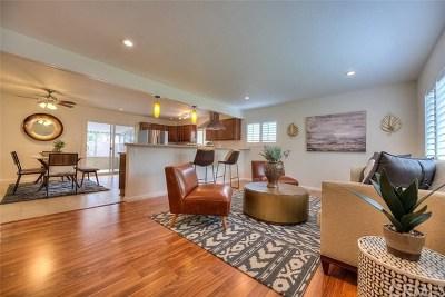 Oceanside Single Family Home For Sale: 3248 Roberta Lane