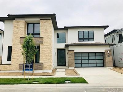 Irvine Single Family Home For Sale: 66 Lunar