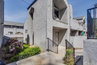 Whittier Condo/Townhouse For Sale: 5104 Vista Verde Way #3