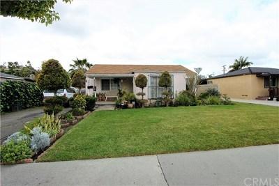 Santa Ana Single Family Home For Sale: 2054 Orange Avenue