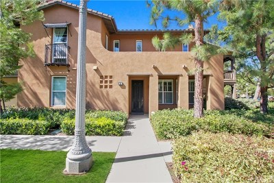 Irvine Condo/Townhouse For Sale: 81 Vermillion